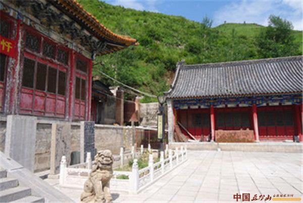 山西寺院之五台山宝华寺