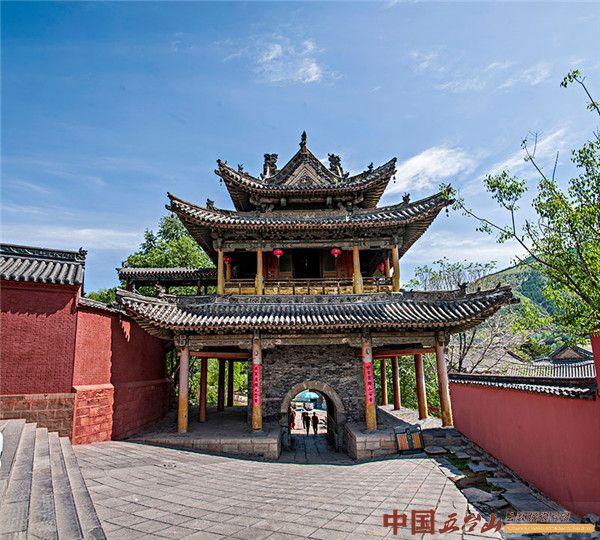 殊胜的山西寺庙:五台山显通寺