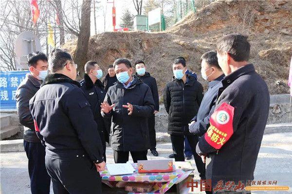 王黎明检查景区春节安全生产工作